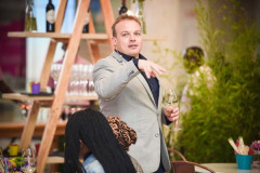 Chef_Tjaart_Walraven_guide_guests_through_pairing_dos_and_donts_at_the_gourmet_food_pairing_experience__large